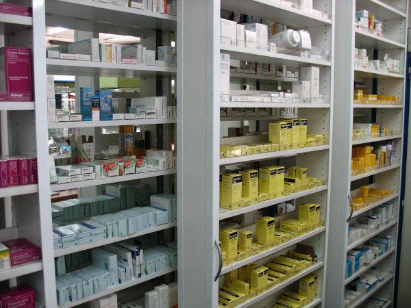 Muebles Para Farmacia De Melamina : Fabricaci?n de estanter?as desplazables para farmacias